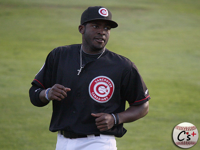 Vancouver Canadians Dwight Smith Jr.