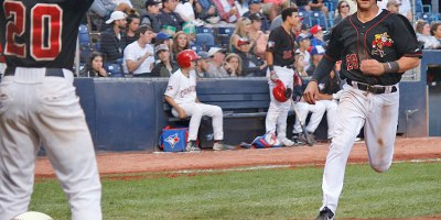 Vancouver Canadians Logan Warmoth